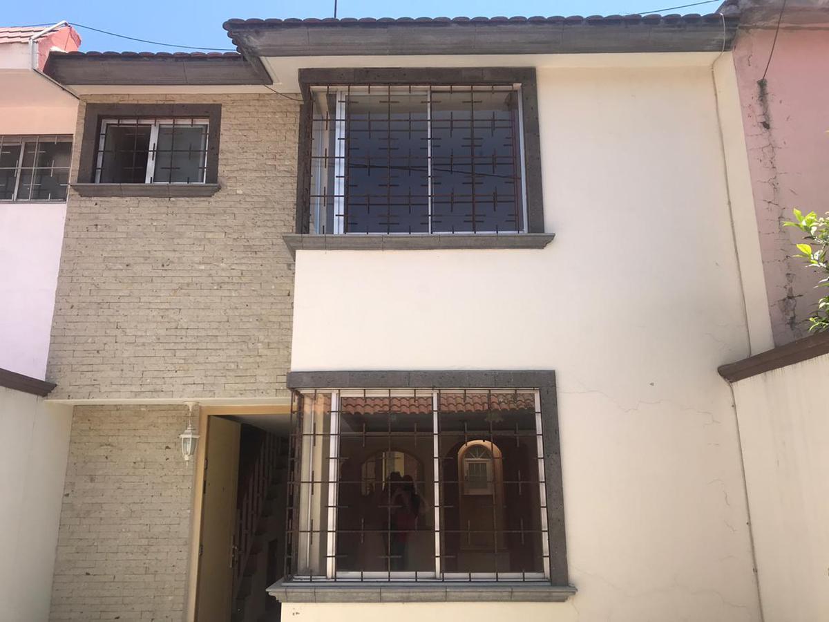 Foto Casa en Renta en  Toluca ,  Edo. de México  Casa en renta entre Tollocan y Pino Suárez