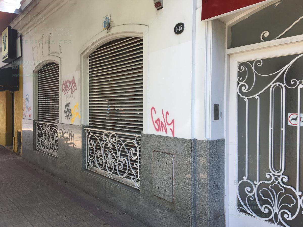 Foto Casa en Venta en  Plaza Rocha,  La Plata  10 entre 61 y 62
