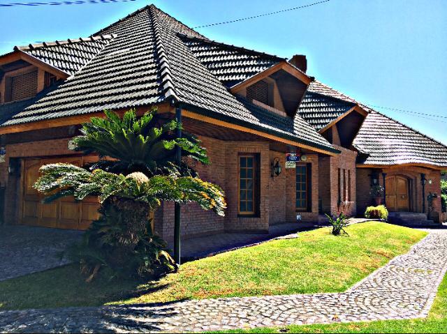 Foto Casa en Venta en  Castelar Norte,  Castelar  Cnel. Machado al 3500