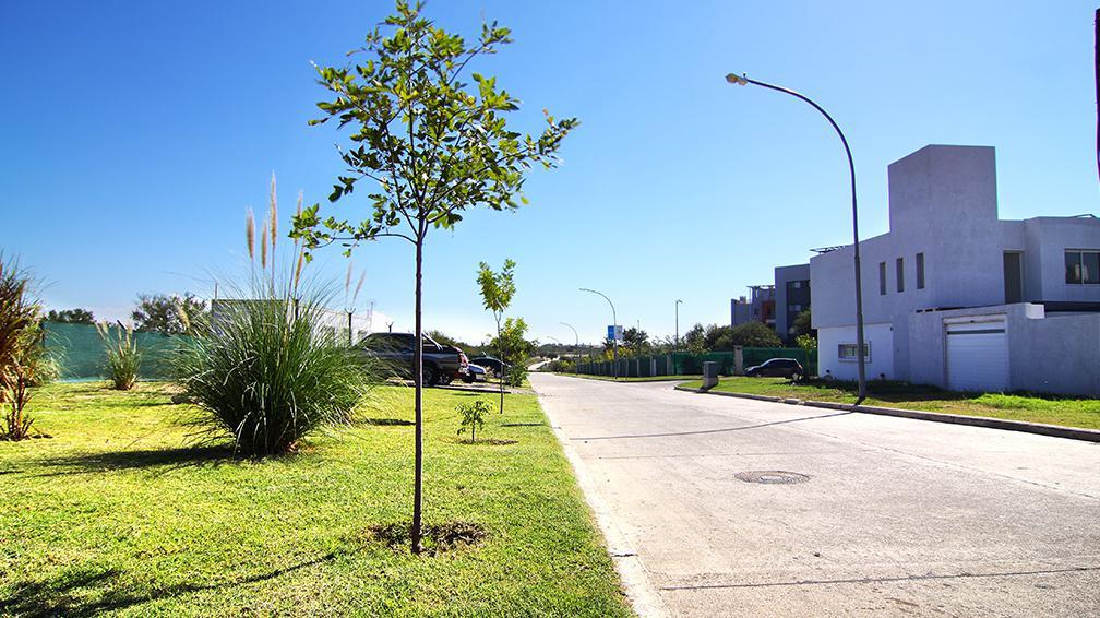 Foto Terreno en Venta en  San Ignacio,  Cordoba Capital  San Ignacio