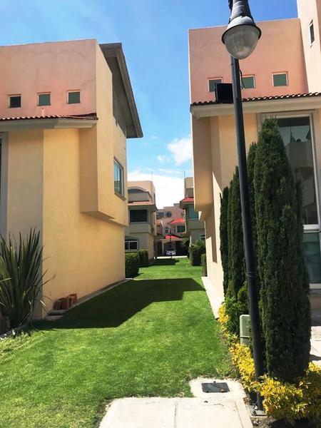 Foto Casa en condominio en Renta en  Bosques de Metepec,  Metepec  CASA EN RENTA, BOSQUES DE METEPEC