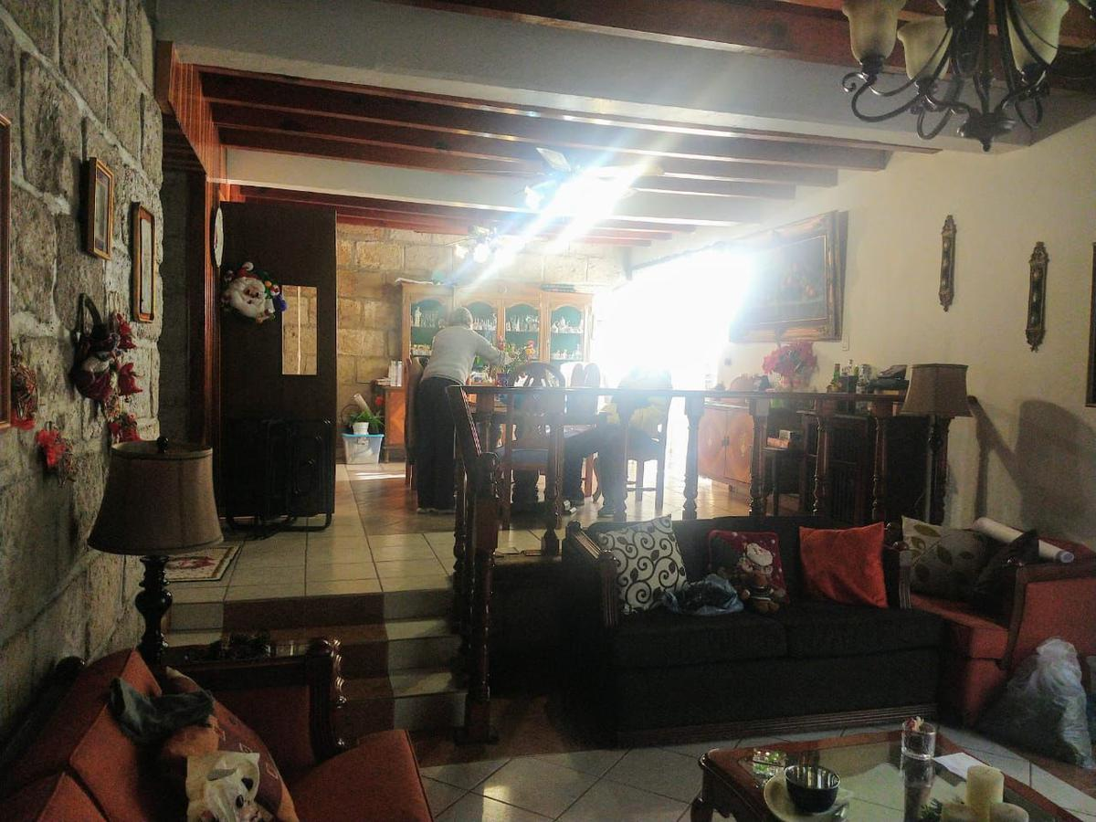 Foto Casa en Venta en  Jardines de La Hacienda,  Querétaro  VENTA CASA COL. JARDINES DE LA HACIENDA, QRO, MEX.