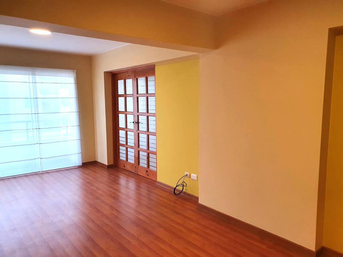 Foto Departamento en Alquiler en  Surquillo,  Lima  Calle Sergio Bernales
