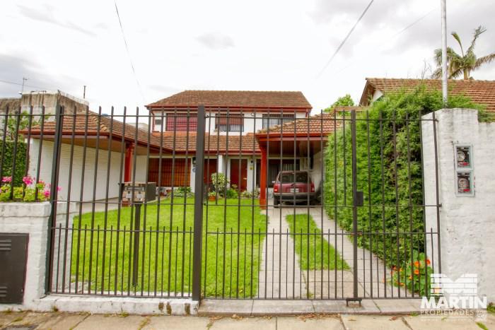 Foto Casa en Venta en  Mart.-Santa Fe/Fleming,  Martinez  CASTRO BARROS al 1500