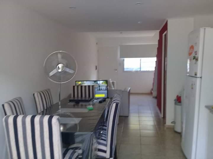 Foto Casa en Venta en  La Plata ,  G.B.A. Zona Sur  La Plata duplex 3 ambientes en VENTA