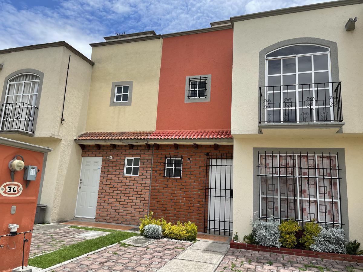 Foto Casa en condominio en Renta en  Toluca ,  Edo. de México  Santa Maria Totoltepec Fraccionamiento Campo Real