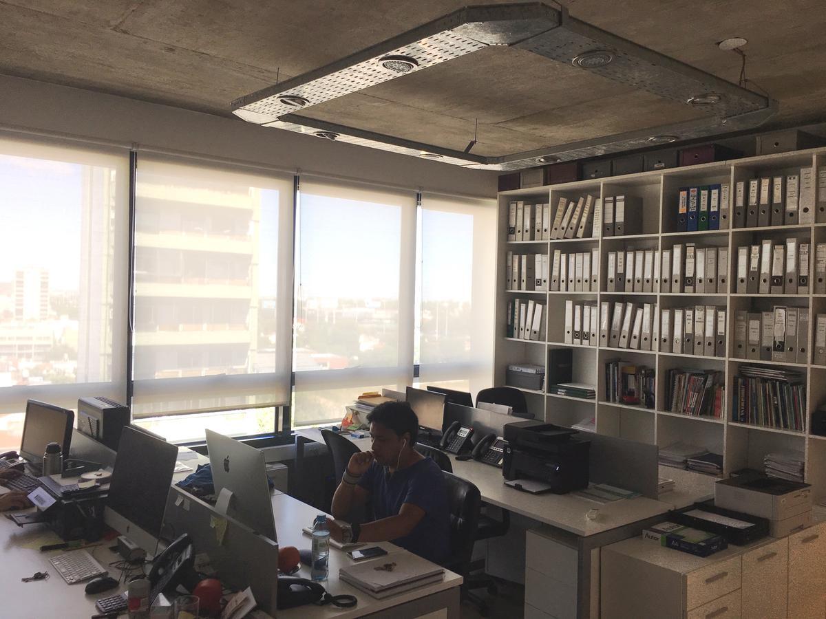 Foto Oficina en Venta en  Nuñez ,  Capital Federal          Av. Cabildo 4769 Semipiso