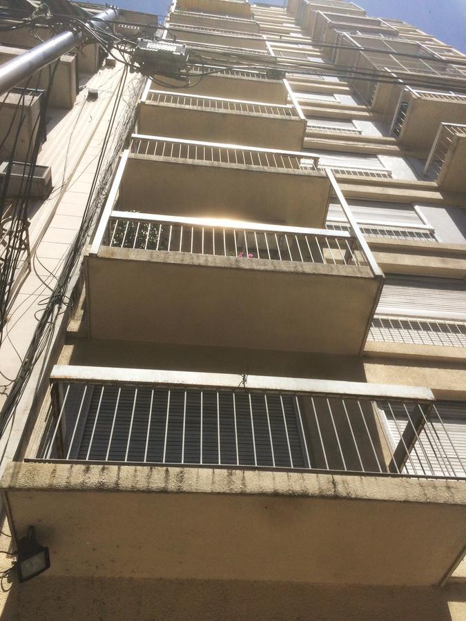 Foto Departamento en Venta en  Balvanera ,  Capital Federal  Av. Jujuy al 200
