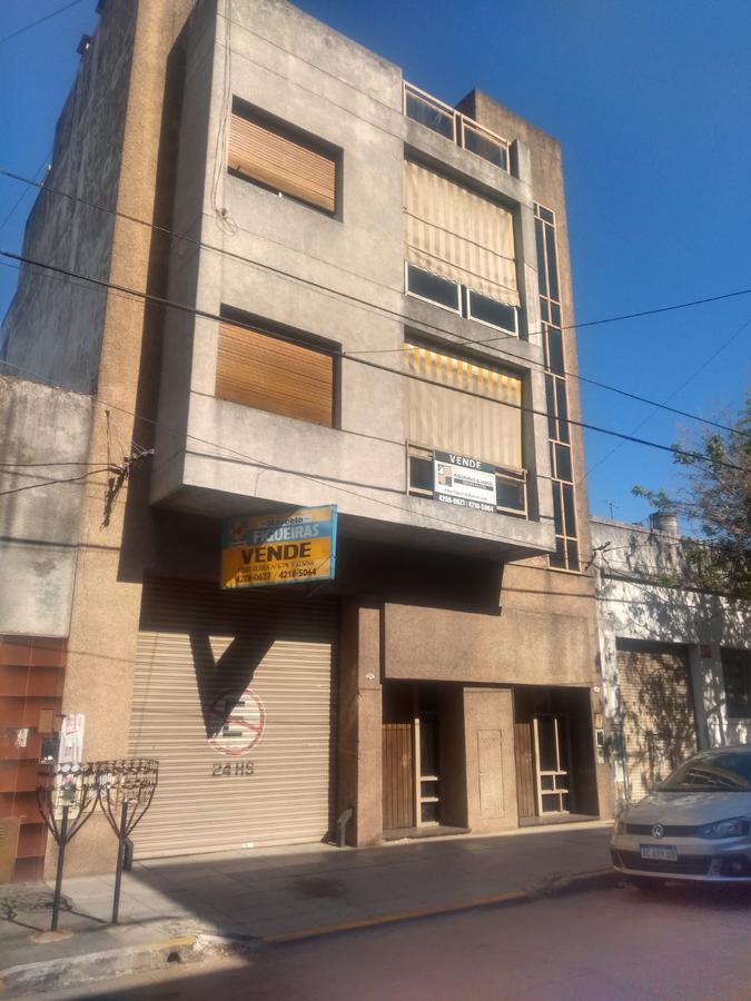 Foto Departamento en Venta en  Valentin Alsina,  Lanús  Yatay al 600