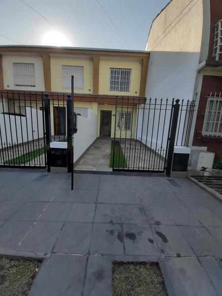 Foto Casa en Alquiler en  San Miguel ,  G.B.A. Zona Norte  Rodriguez Peña al 2000