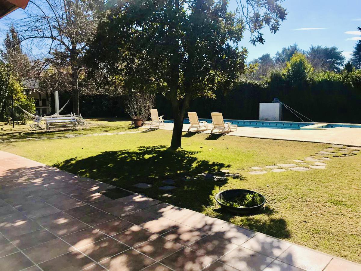 Foto Casa en Venta en  Chacras De Coria,  Lujan De Cuyo  Victor Delhez 5978