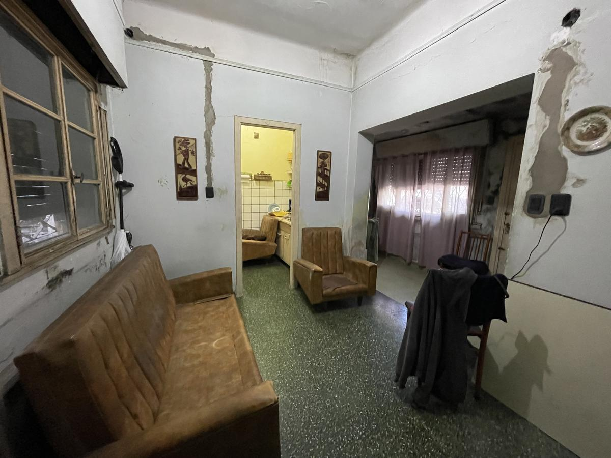 Foto Casa en Venta en  Bernal,  Quilmes  Rawson 59 esquina Liniers