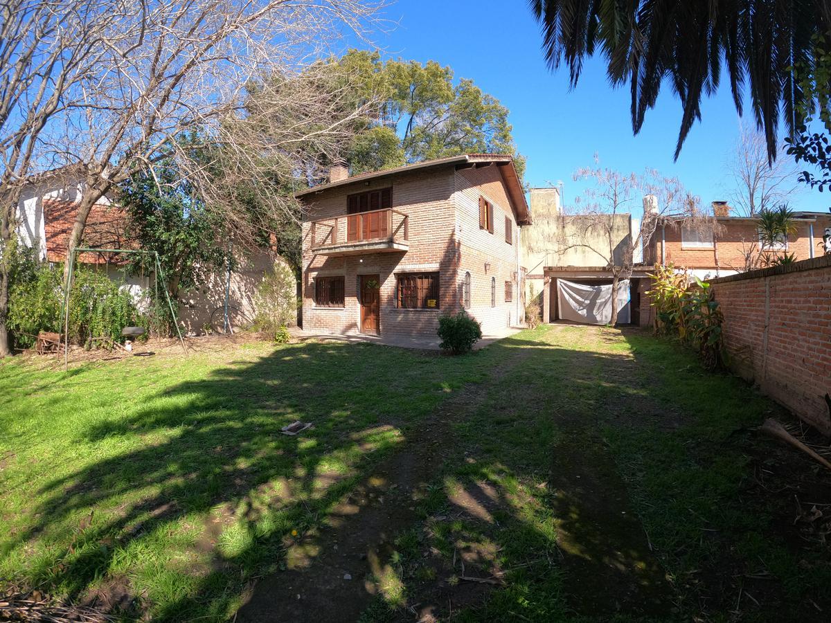 Foto Casa en Venta en  El Candil,  Belen De Escobar  Las Hortensias 456