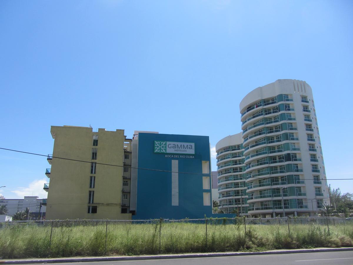 Foto Terreno en Venta en  Fraccionamiento Las Americas,  Boca del Río  Fracc. Las Americas, Boca del Rio