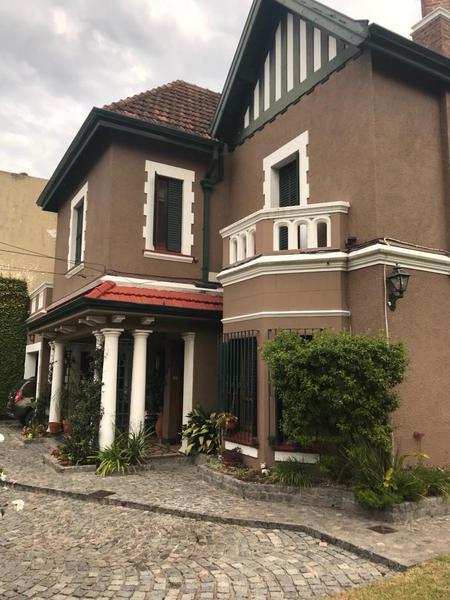 Foto Casa en Venta en  Temperley Oeste,  Temperley  SUAREZ 445 E/ General Paz y Avellaneda