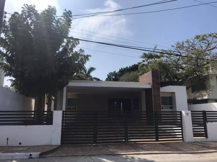 Alce Inmobiliaria Casa En Venta En Fraccionamiento Loma De Rosales