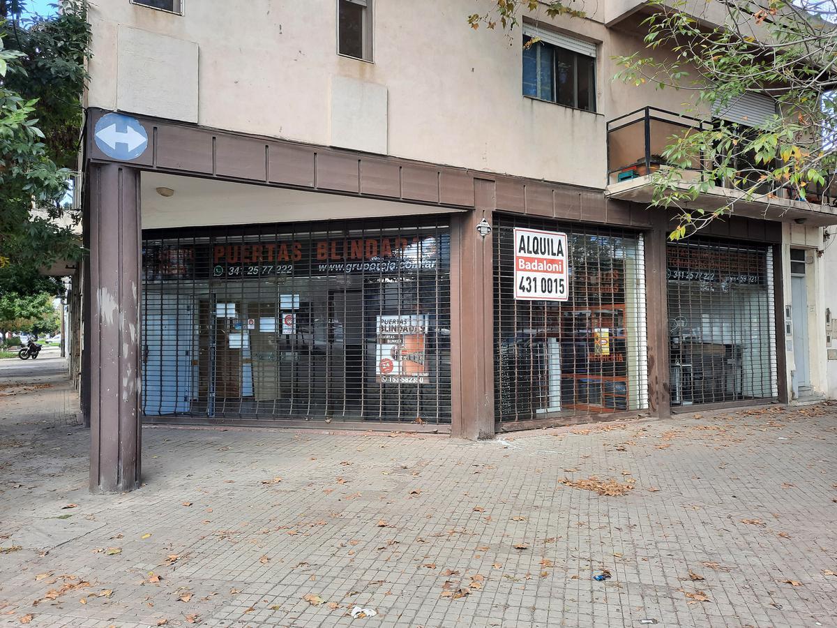 Foto Local en Alquiler en  Bella Vista,  Rosario  Bv. Avellaneda al 2300