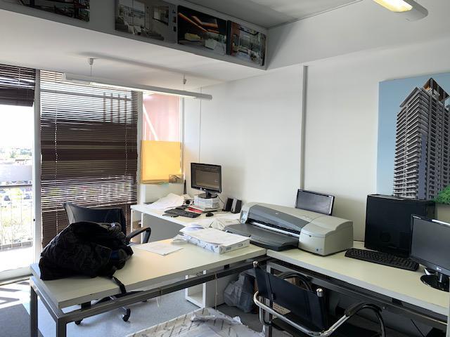 Foto Oficina en Alquiler en  Centro Comercial ,  Nordelta  Alquiler de Oficina  en  Nordelta, frente al centro comercial