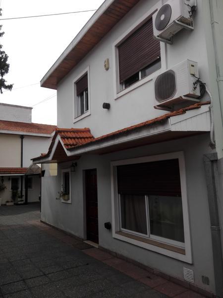 Foto Casa en Venta | Alquiler en  Lomas de Zamora Oeste,  Lomas De Zamora  San Martin 461 PB 2