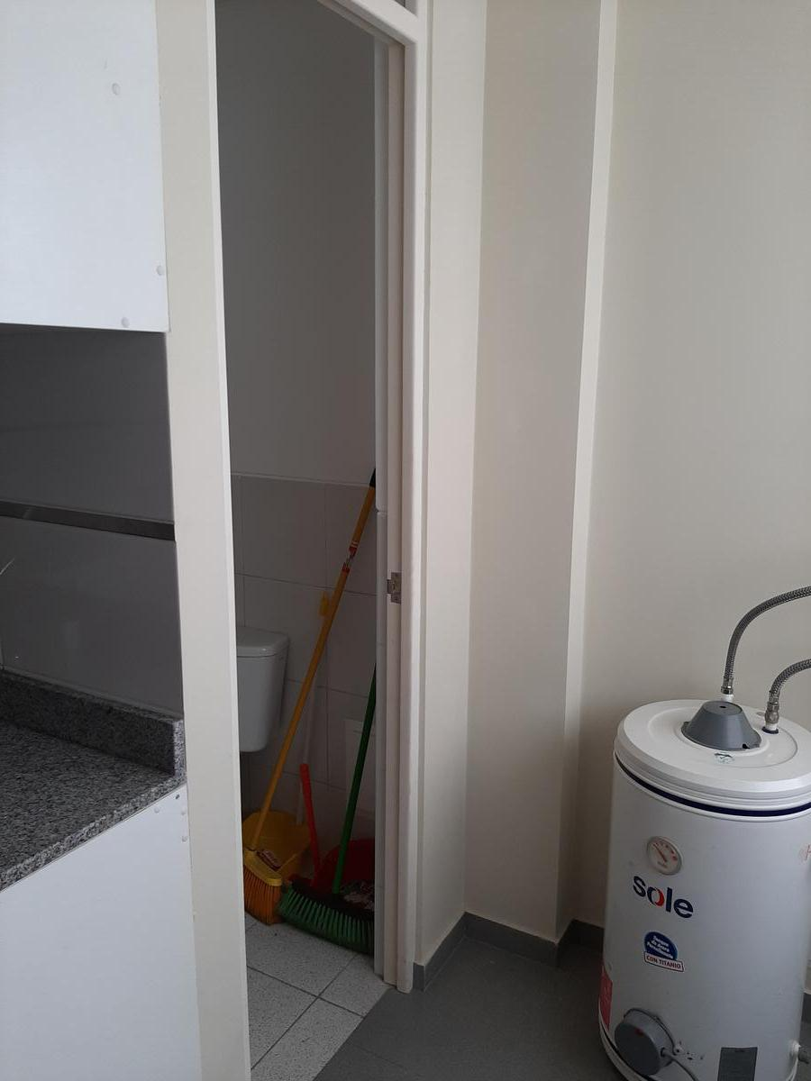 Foto Departamento en Venta   Alquiler en  Miraflores,  Lima  Ca. Piura