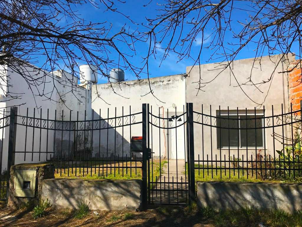 Foto Casa en Venta en  Punta Alta,  Coronel Rosales  PUNTA ALTA