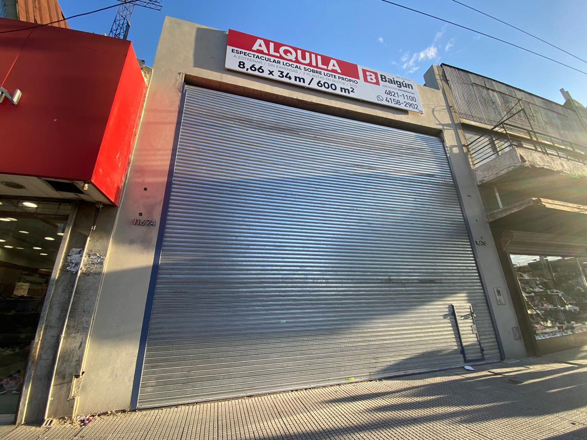Av. Rivadavia y Av Gral Paz