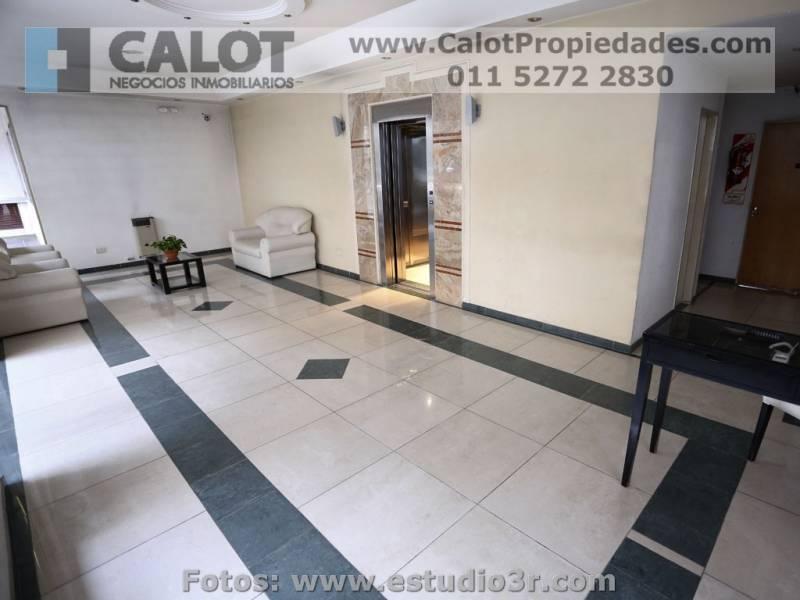 Foto Departamento en Alquiler temporario en  Monserrat,  Centro (Capital Federal)  SANTIAGO DEL ESTERO 600