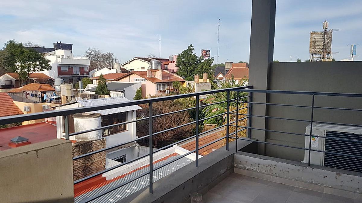 Foto Departamento en Venta en  Olivos,  Vicente Lopez  Ugarte al 3200 3°B