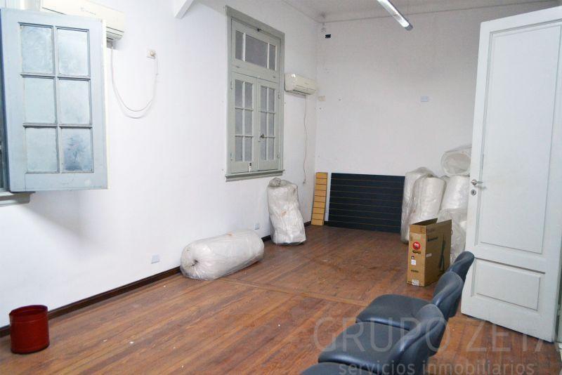 Foto Oficina en Venta en  Centro (Capital Federal) ,  Capital Federal  Libertad 200