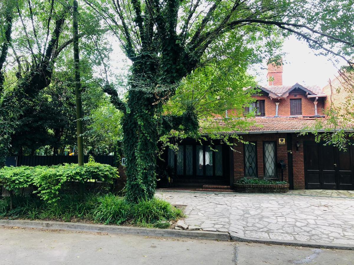 Foto Casa en Venta en  Mart.-Libert./Rio,  Martinez  Madero al 2000