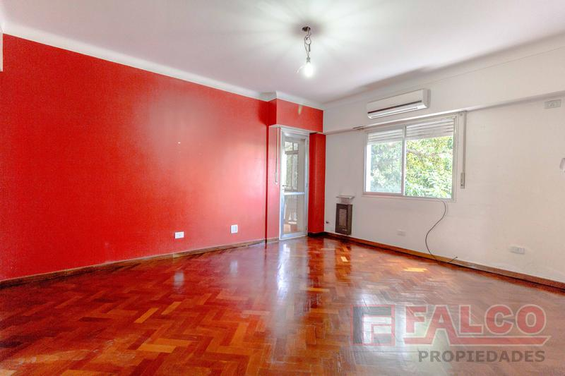 Foto Departamento en Venta en  P.Chacabuco ,  Capital Federal  Curapaligue al 900
