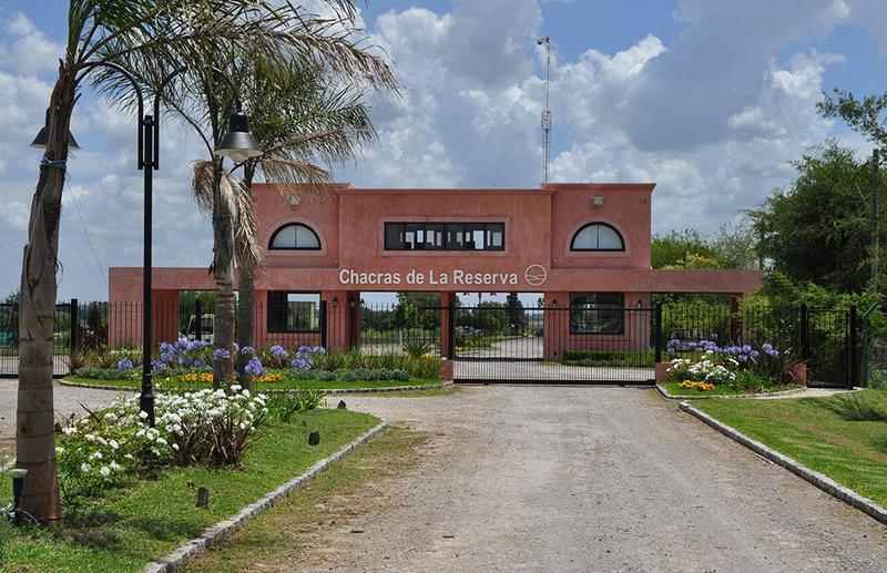 Foto Terreno en Venta en  Los Cardales,  Countries/B.Cerrado  LOTE entre  y