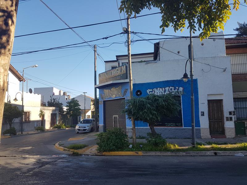 Foto Casa en Venta en  Virreyes,  San Fernando  CARLOS PELEGRINI  al 2300