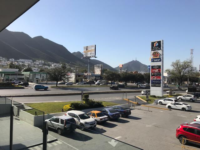 Foto Local en Renta en  Villa Las Fuentes,  Monterrey  LOCAL EN RENTA PLAZA VILLAS MONTERREY NUEVO LEON