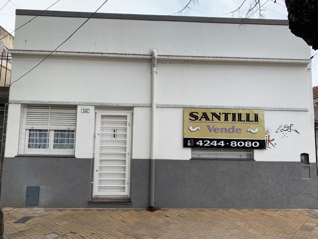 Foto Casa en Venta en  Lomas de Zamora Oeste,  Lomas De Zamora  LAS HERAS 666