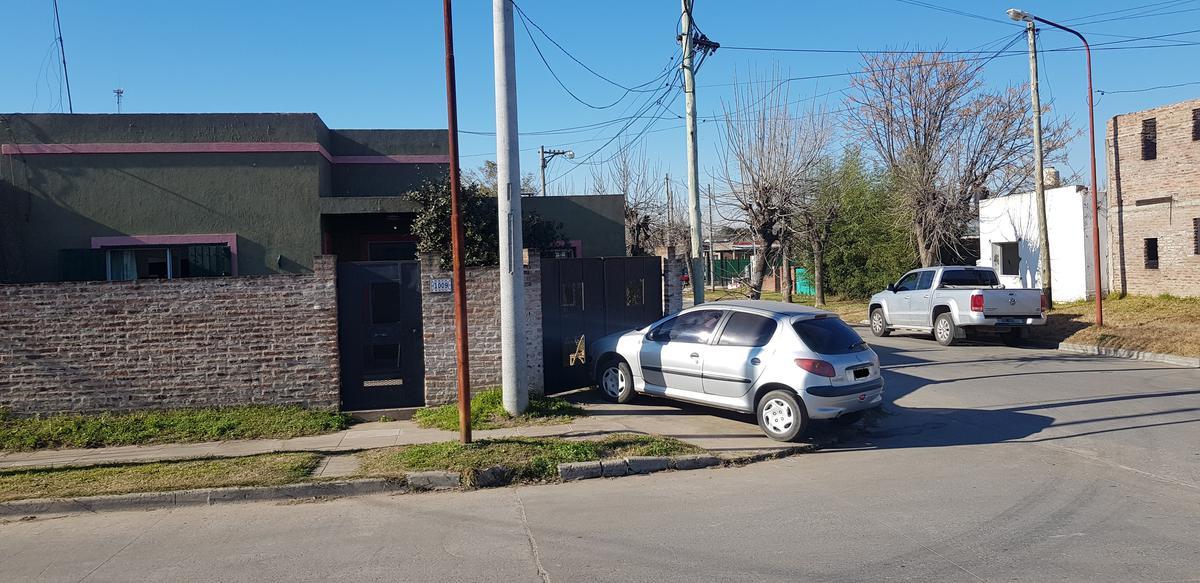 Foto Casa en Venta en  Capilla Del Señor,  Exaltacion De La Cruz  A metros del centro