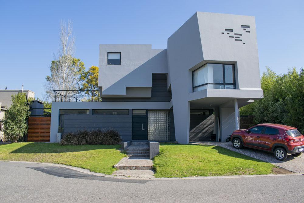 Foto Casa en Alquiler en  Escobar ,  G.B.A. Zona Norte  Alquiler en Acacias Blancas