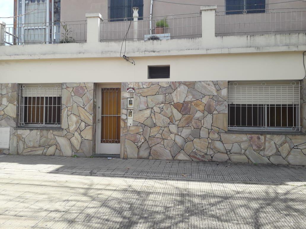 Foto Casa en Alquiler en  Rosario ,  Santa Fe  DORREGO al 2900