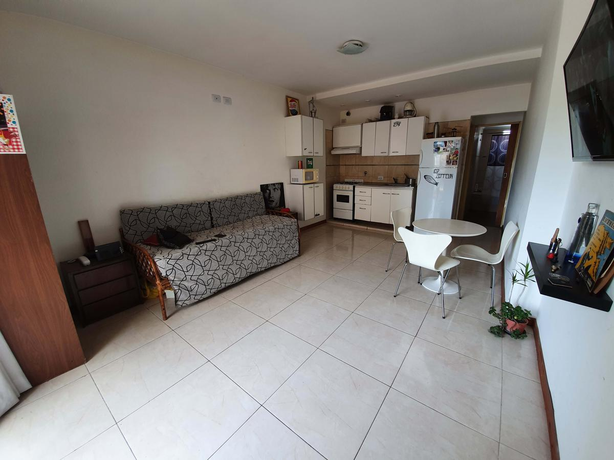 Foto Departamento en Venta en  Villa Saenz Peña,  Tres De Febrero  Manuel Estrada 1185