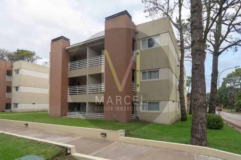 Foto Departamento en Venta en  Duplex,  Pinamar  Martin Pescador  1067 Unidad 1º12