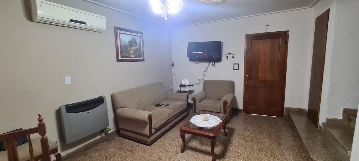 Foto Casa en Venta en  Capital ,  Tucumán  Barrio Padilla