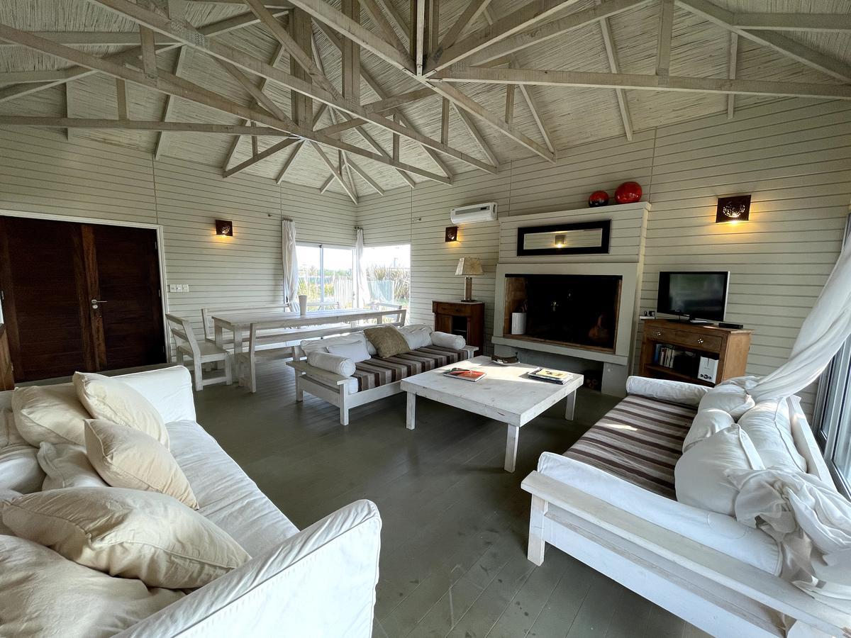 Foto Casa en Alquiler temporario | Venta en  Club de mar,  José Ignacio  83 Club de Mar
