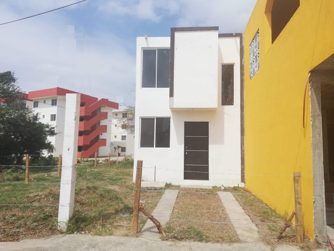 Foto Casa en Venta en  Fraccionamiento Jardines de Champayan,  Tampico  Jardines de Champayan