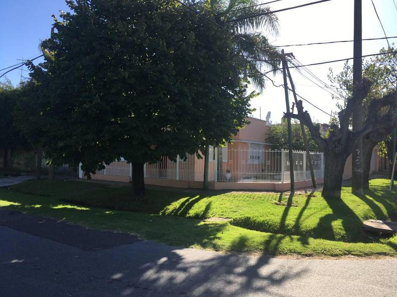 Foto Casa en Venta en  Tolosa,  La Plata  523 esq. 14