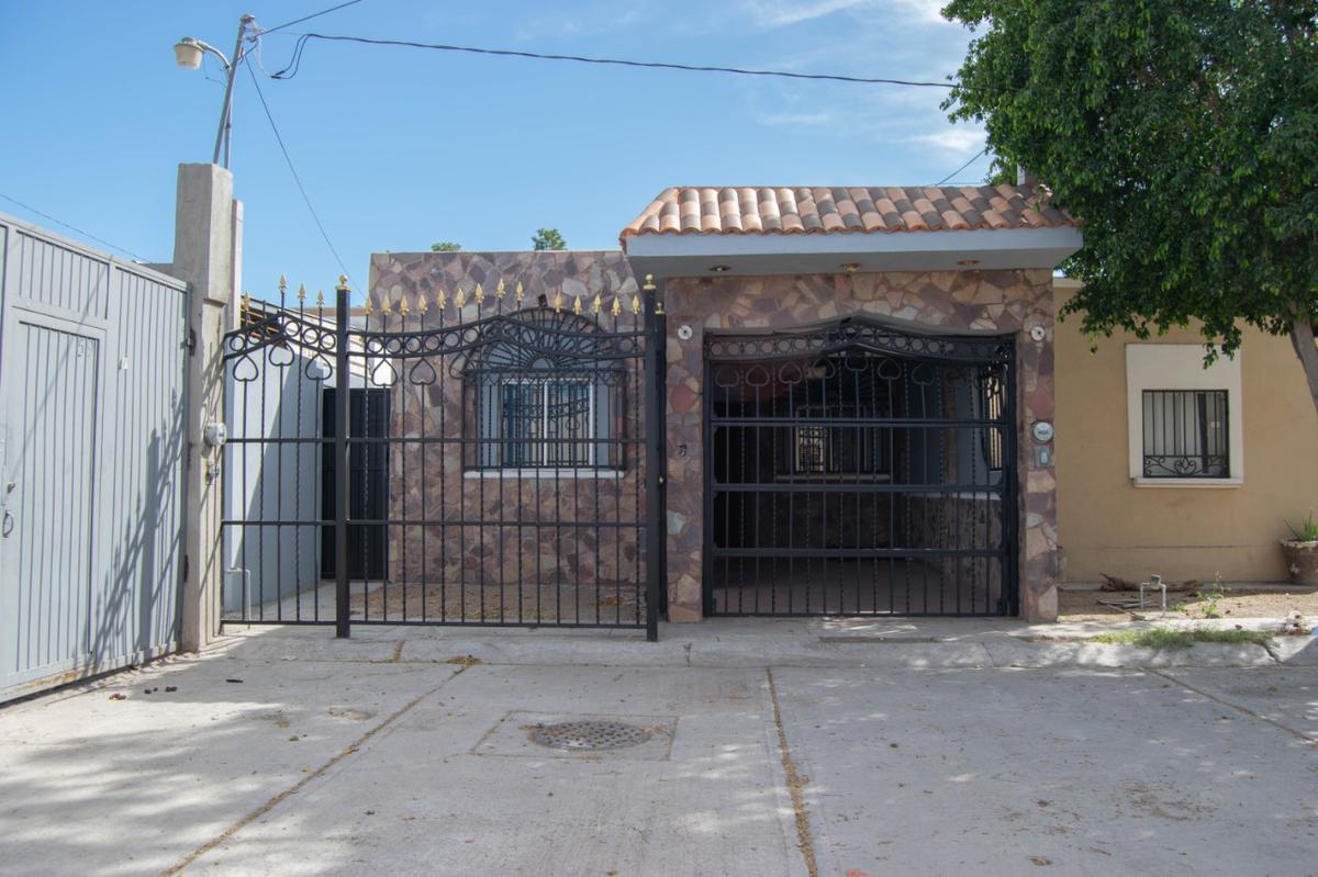 Foto Casa en Venta en  Fraccionamiento Perisur,  Hermosillo  CASA EN VENTA EN FRACCIONAMIENTO  PERISUR
