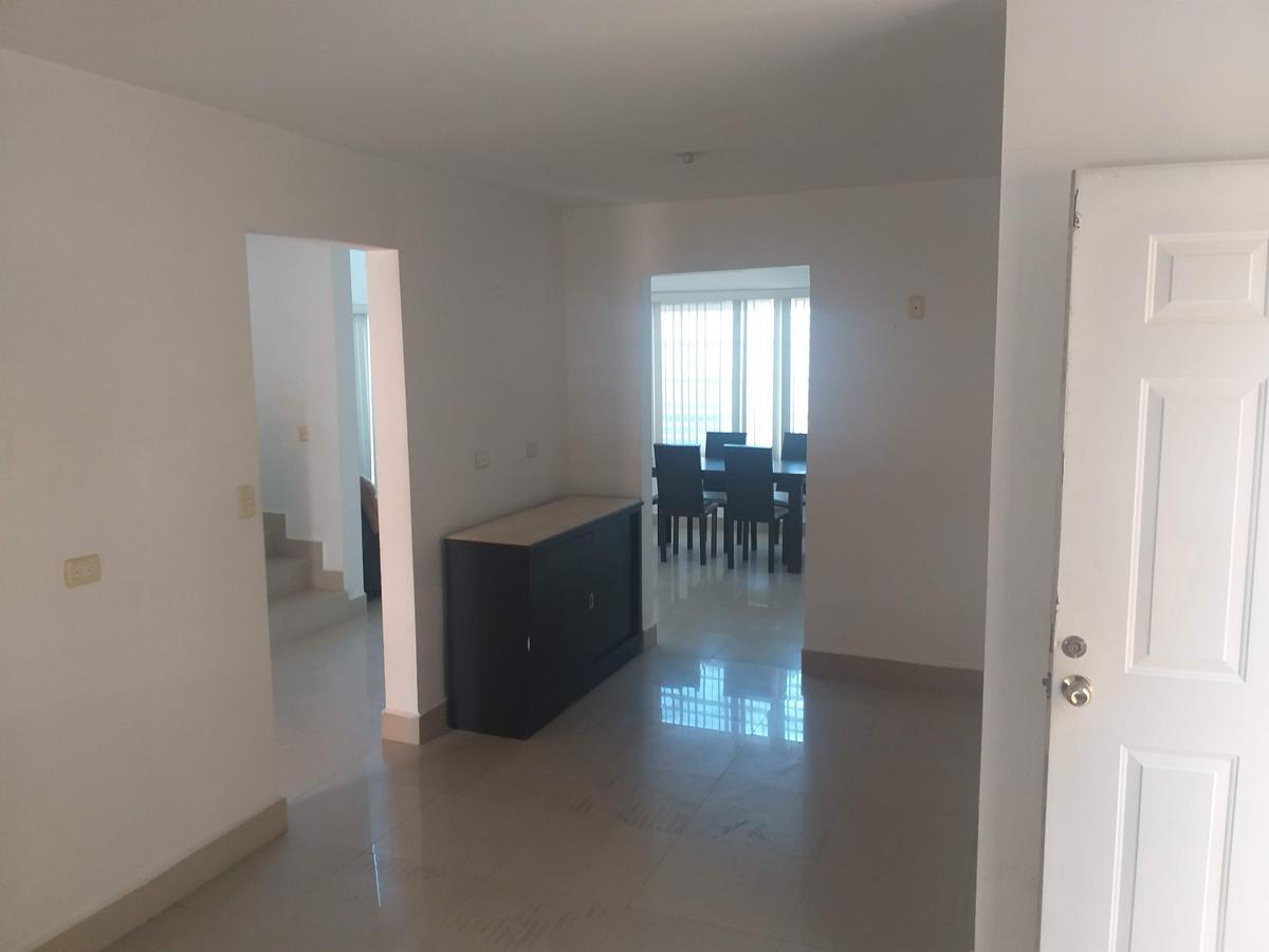 Foto Casa en Renta en  Ventura de Asís,  Apodaca  taos al 300