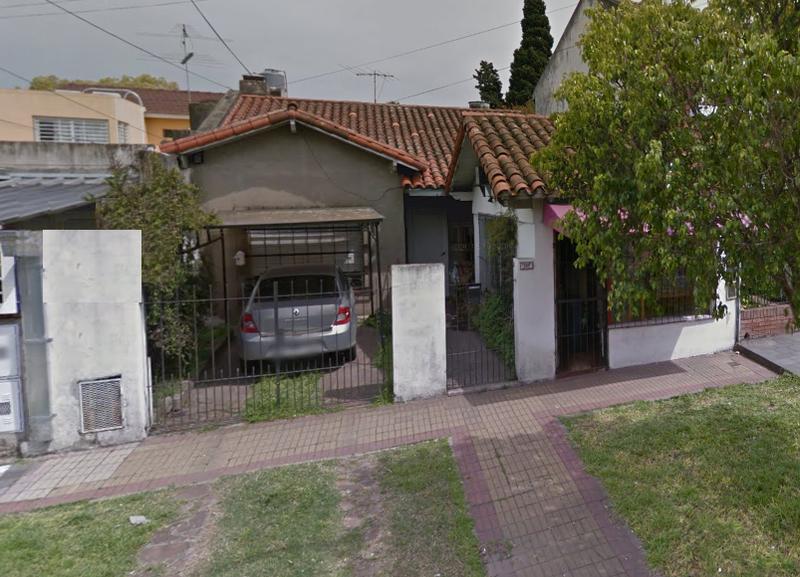 Foto Casa en Venta    en  Lomas de Zamora Oeste,  Lomas De Zamora  Posadas 437 Lomas de Zamora