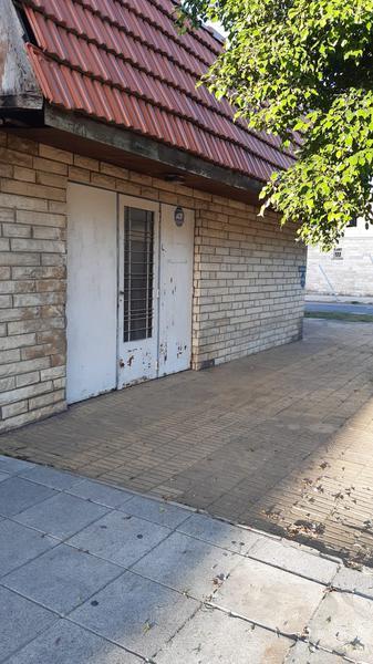 Foto Casa en Venta en  Lanús ,  G.B.A. Zona Sur  Ministro Brin al 3600