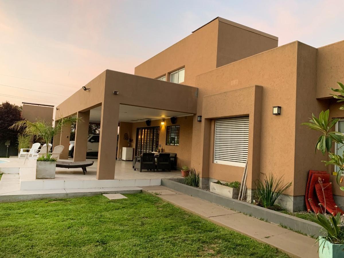 Foto Casa en Venta en  General Pico,  Maraco  calle 14 e/ 113 y 115