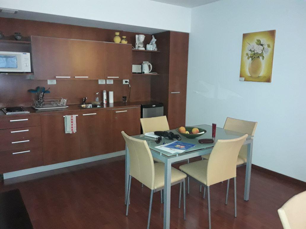 Foto Departamento en Alquiler en  Recoleta ,  Capital Federal  Juncal  al 2500